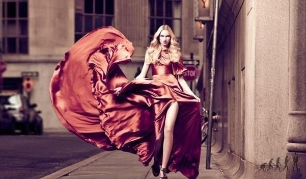 Муж уверен, что платье купил он. Любовник убежден, что платье купил он. Никаких вопросов и ревности.
