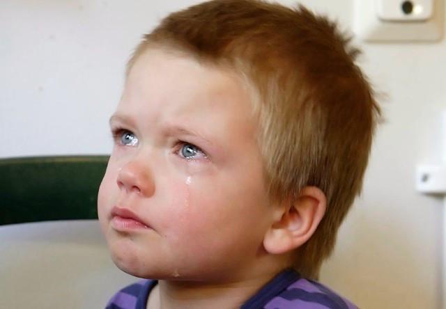 Сашка лежал и плакал на кровати в комнате детдома… Ему было всего 4 года и он не понимал, куда пропали его мама и папа...