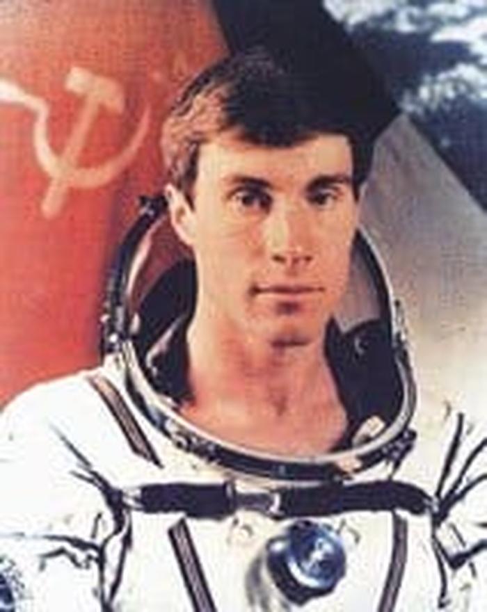Сергей Крикалев — российский космонавт, забытый в космосе. О нём знает практически весь мир…