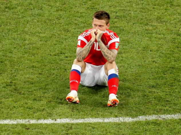 Федор Смолов плакал, покидая поле, но ответственности с себя не снял 252