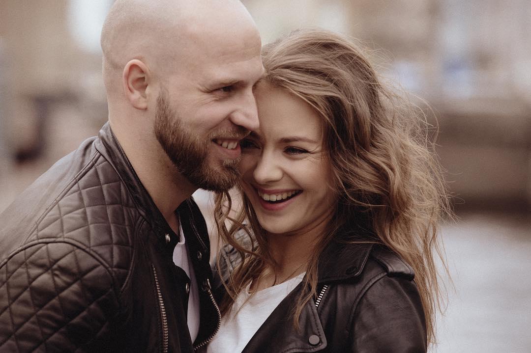 Звезда «Мажора» Карина Разумовская тайно вышла замуж за старого друга, с которым училась в школе