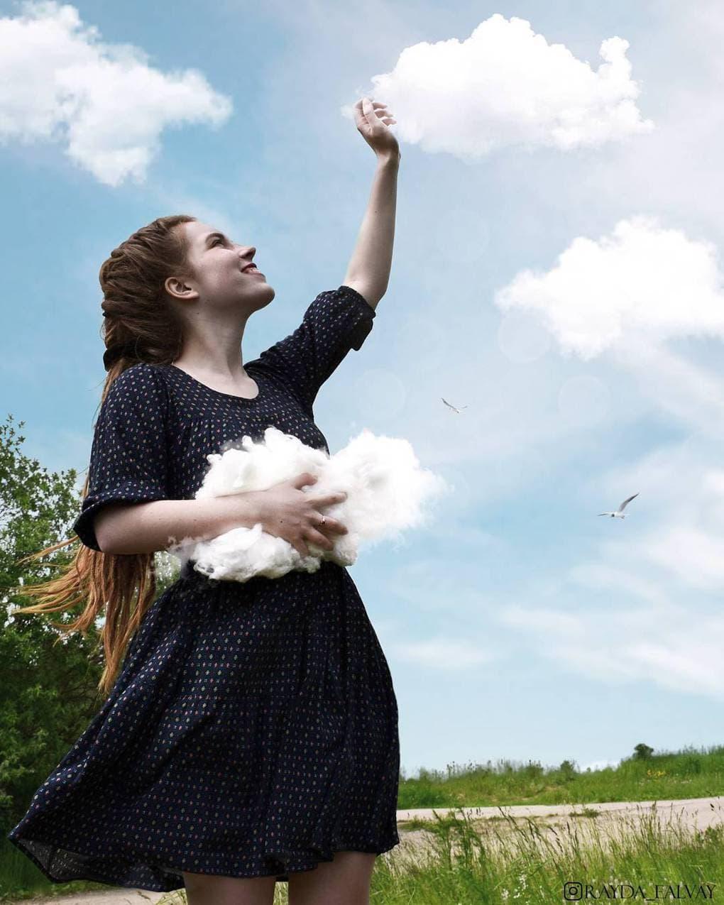 19-летняя художница создает уникальные работы, которые открывают глаза на мир