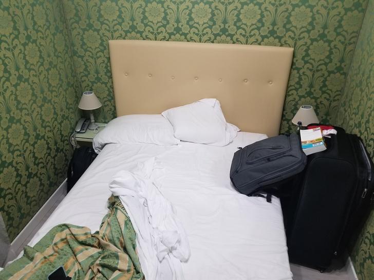 Люди рассказывают о худших отелях, в которых им пришлось остановиться
