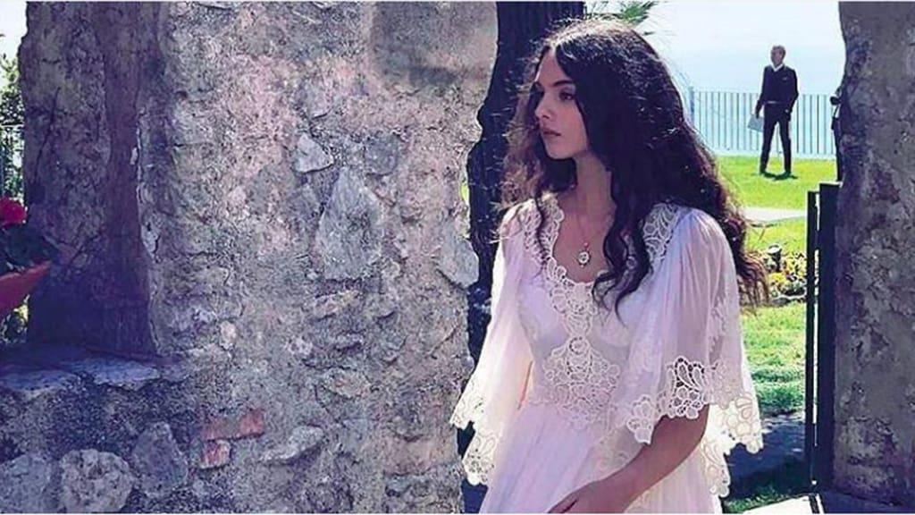 Красивая, как мама: почитатели Моники Белуччи восхитились красотой ее 14-летней дочери Девы