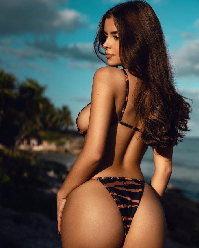 Британка хочет отобрать у Ким Кардашьян звание самой обсуждаемой женщины планеты