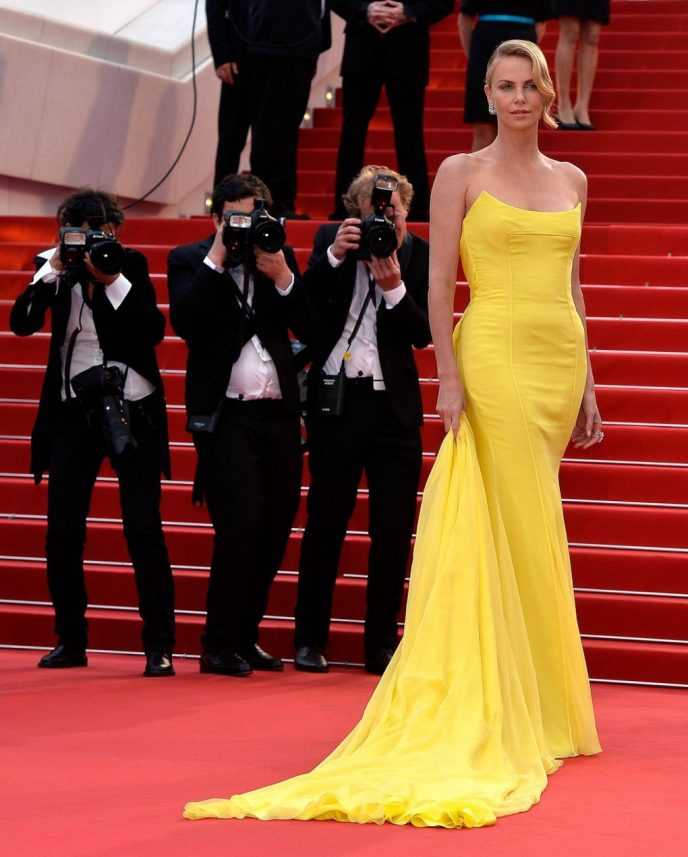 Феномен Шарлиз: 15 доказательств того, что актриса королева Красных дорожек
